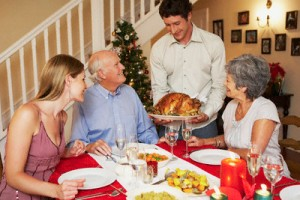 Las comidas familiares en Navidad se alargan con horas