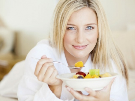 comer fruta en ayunas