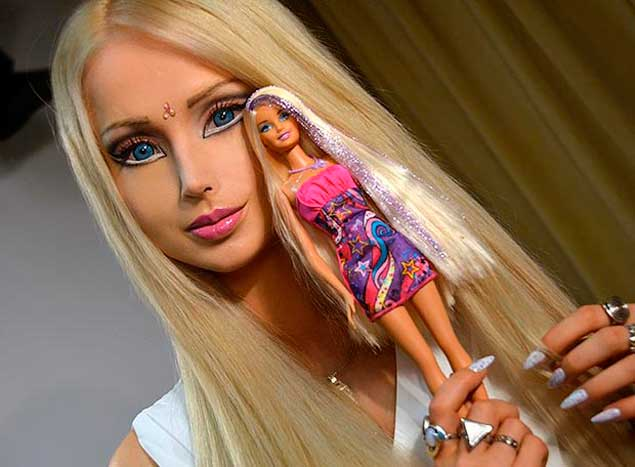 valeria-lukyanova-thesun_co__uk_