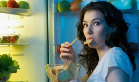 7_cosas_de_por_que_comes_cuando_no_tienes_hambre