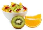 macedonia de naranja, piña, manzana y kiwi