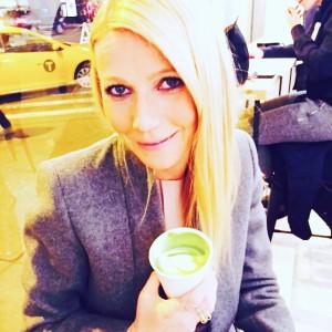 Gwyneth Paltrow se ha convertido en una auténtica fan del té matcha con leche.