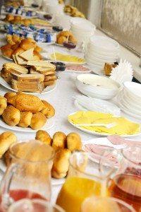 En la imagen un bufé libre o self-service del desayuno en un hotel. Foto IMEO